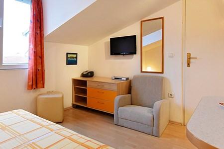 ferienwohnung bla enka vodice vip ferienwohnungen de. Black Bedroom Furniture Sets. Home Design Ideas